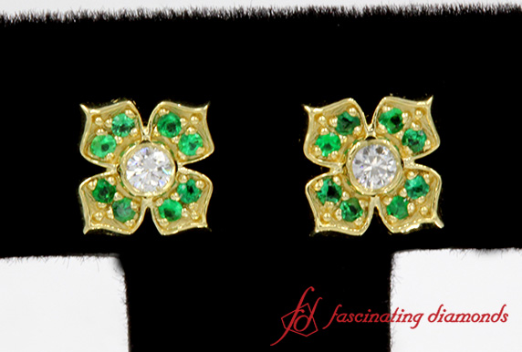 Flower Diamond With Emerald Stud Earrings