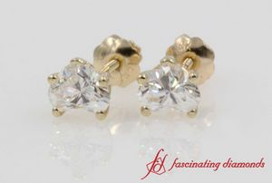 0.50 Carat Heart Diamond Stud Earring In Yellow Gold