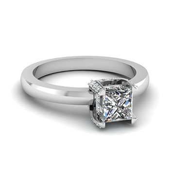 3/4 Ct. Princess Cut Prong Studded Diamond Ring