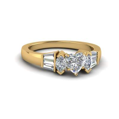 Bar Baguette With Heart Diamond Ring