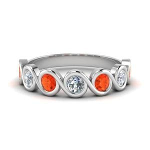 Round Diamond Bezel Set Swirl Band