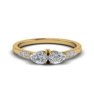 2 Pear Diamond Ring