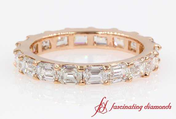 2.6 Carat Emerald Cut Diamond Eternity Band In Rose Gold