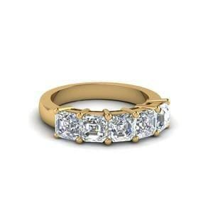 5 Stone Diamond Mom Band Gifts In 14K Yellow Gold
