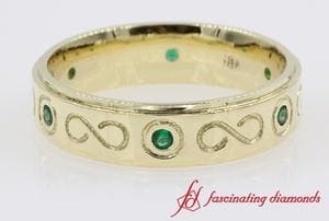 Mens Wedding Band With Green Emerald In 14K Yellow Gold