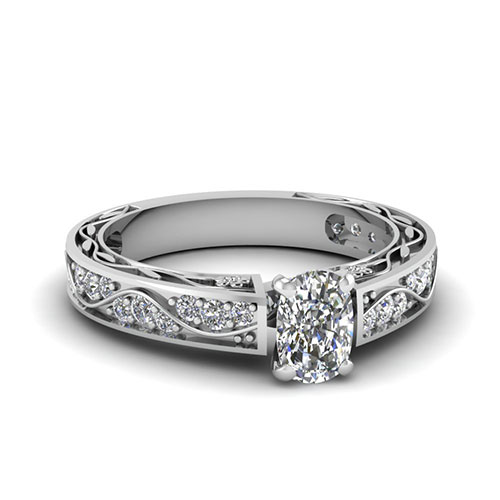 0.75 Ct. Cushion Cut Diamond Engagement Rings