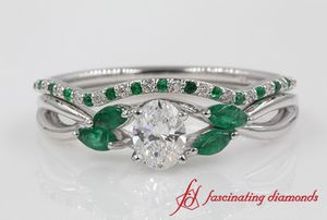 Oval Cut Twisted Diamond Bridal Set With Emerald In White Gold