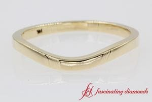 Plain Curved Wedding Band In Yellow Gold