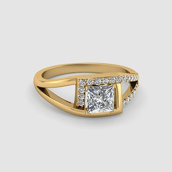 Split Shank Princess Cut Diamond Rings