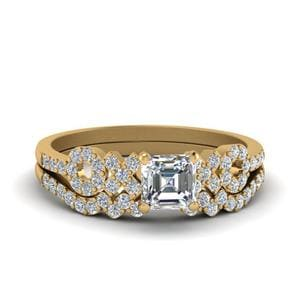 Asscher Cut X O Design Diamond Ring With Matching Band In 18K Yellow Gold