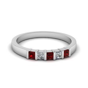 Bar 5 Princess Cut Wedding Band