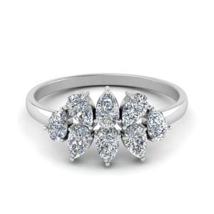 0.75 Ct. Cluster Pear Shaped Band