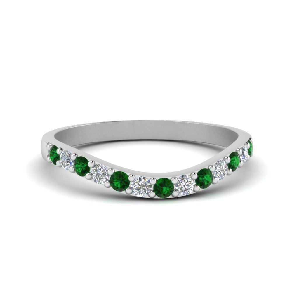 Curved Diamond Wedding Ring For Women With Emerald In 18K White Gold