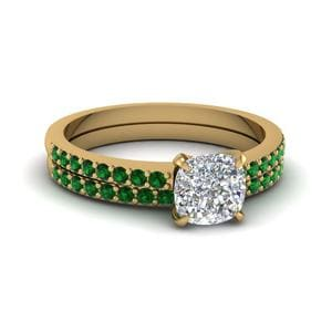 Petite Diamond Wedding Set With Emerald