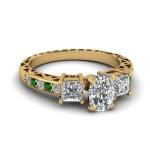 Cushion Cut Vintage 3 Stone Diamond Engagement Ring With Emerald In 14K Yellow Gold