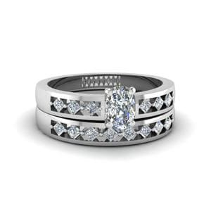 Cushion Diamond Wedding Ring Set