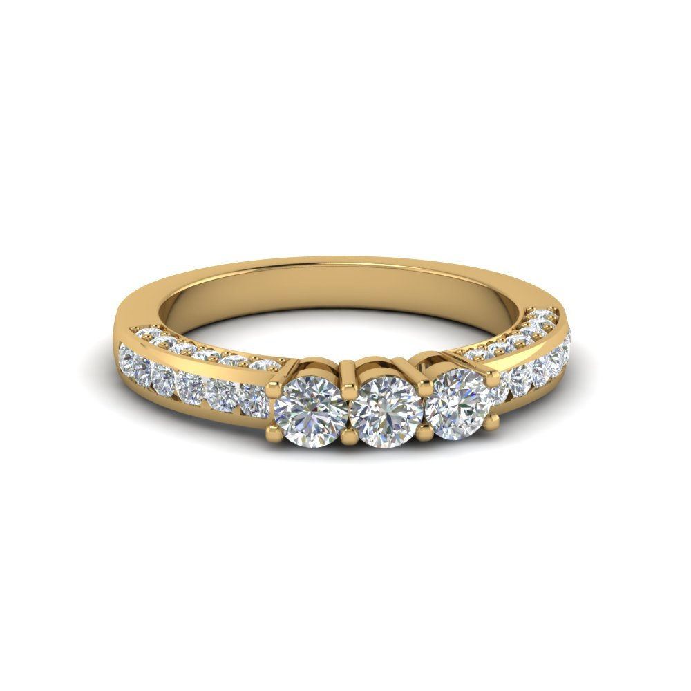Custom Round Diamond Band In 14K Yellow Gold