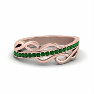 Emerald Channel Twisted Wedding Band In 14K Rose Gold