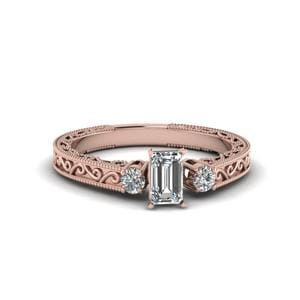 Finesse Filigree 3 Stone Ring