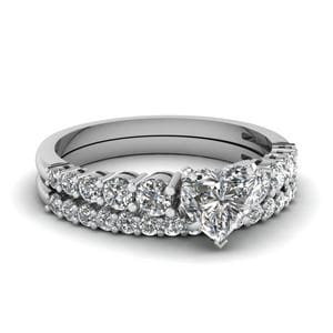 Graduated Diamond Bridal Set
