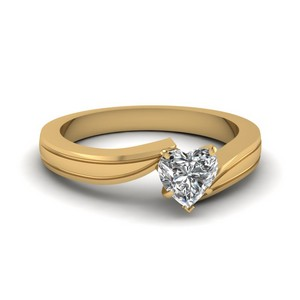 Twisted Gold Heart Diamond Ring