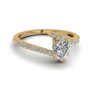 Petite Bypass Heart Diamond Ring