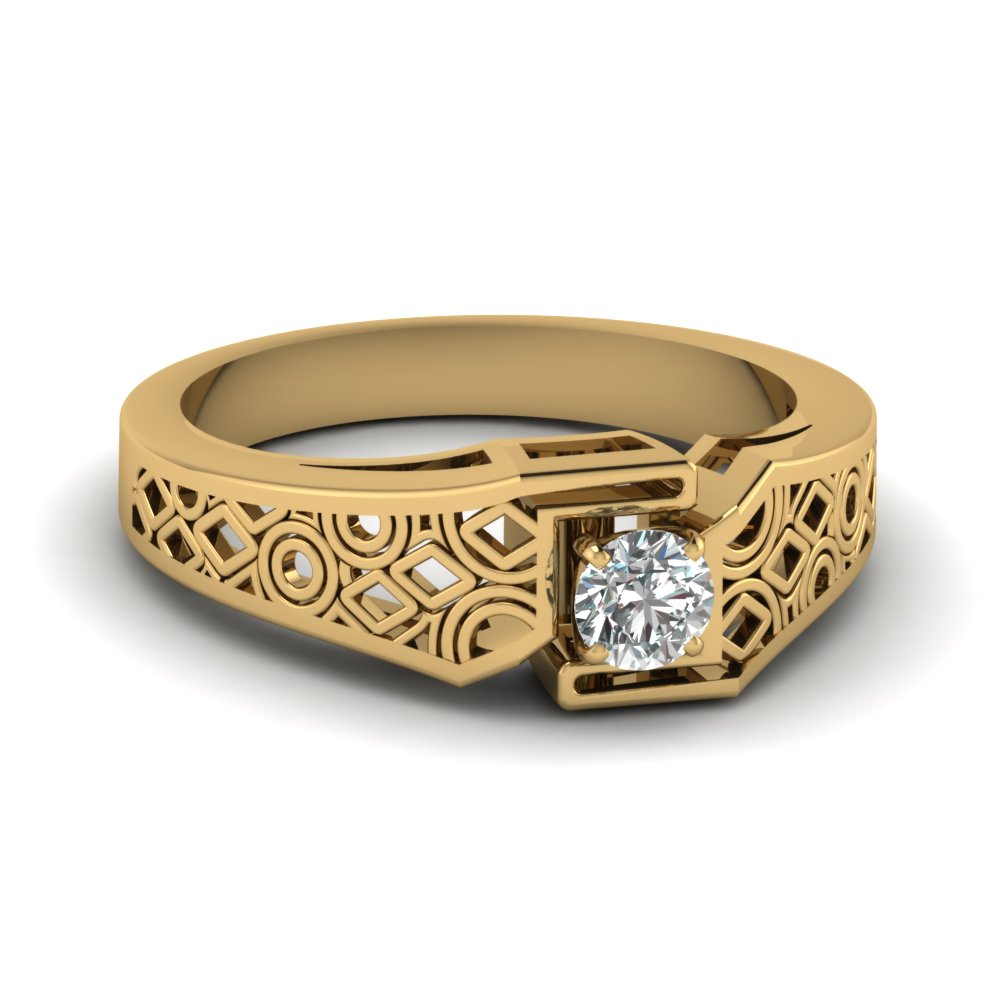 Intricate Wedding Band Gold
