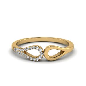 Loop Diamond Delicate Wedding Band In 14K Yellow Gold
