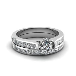 Platinum Oval Diamond Bridal Set