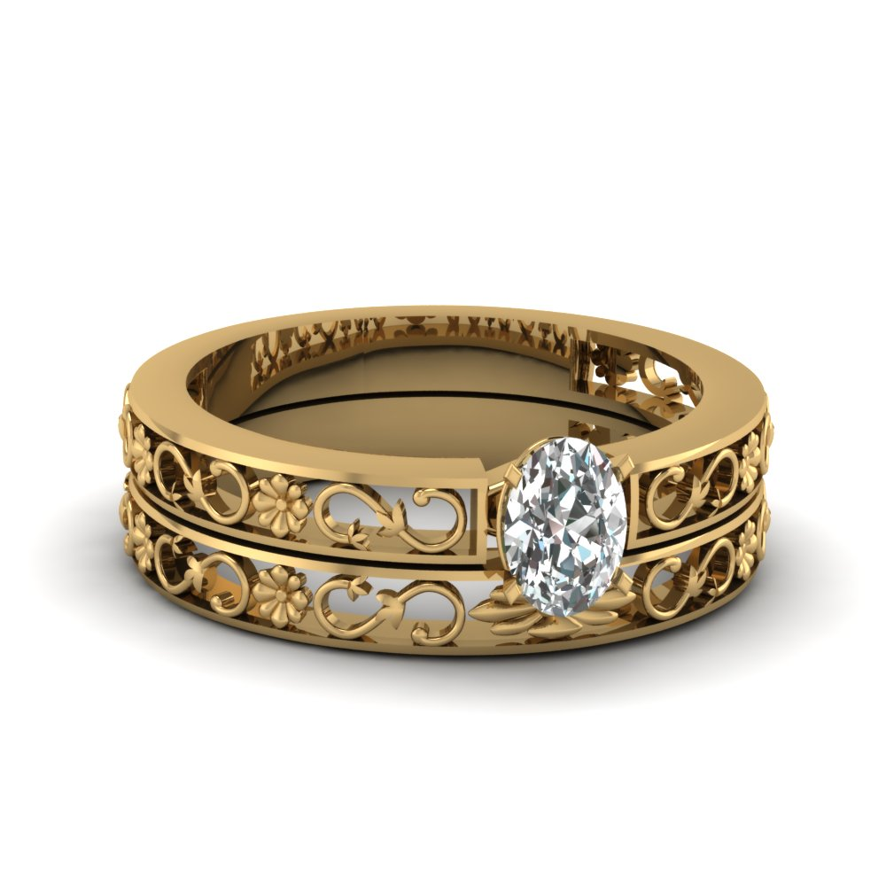 Gold Oval Diamond Bridal Ring Sets