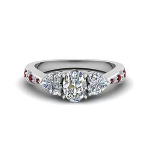 3 Stone Oval Shaped Ring