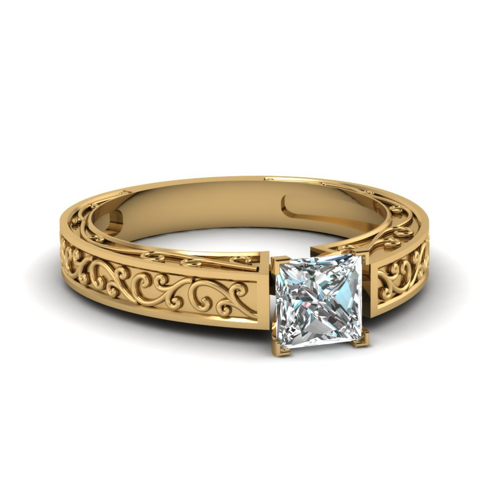 Princess Cut Diamond Filigree Design Ring In 14K Yellow Gold