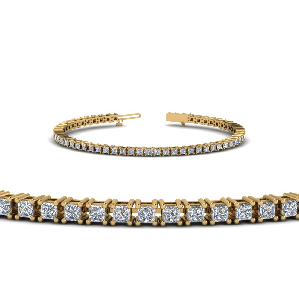 18K Yellow Gold Princess Diamond Bracelet