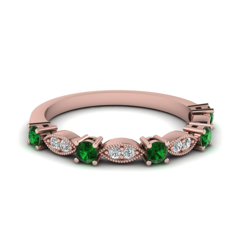 Art Deco Round Diamond Wedding Band With Emerald In 18K Rose Gold