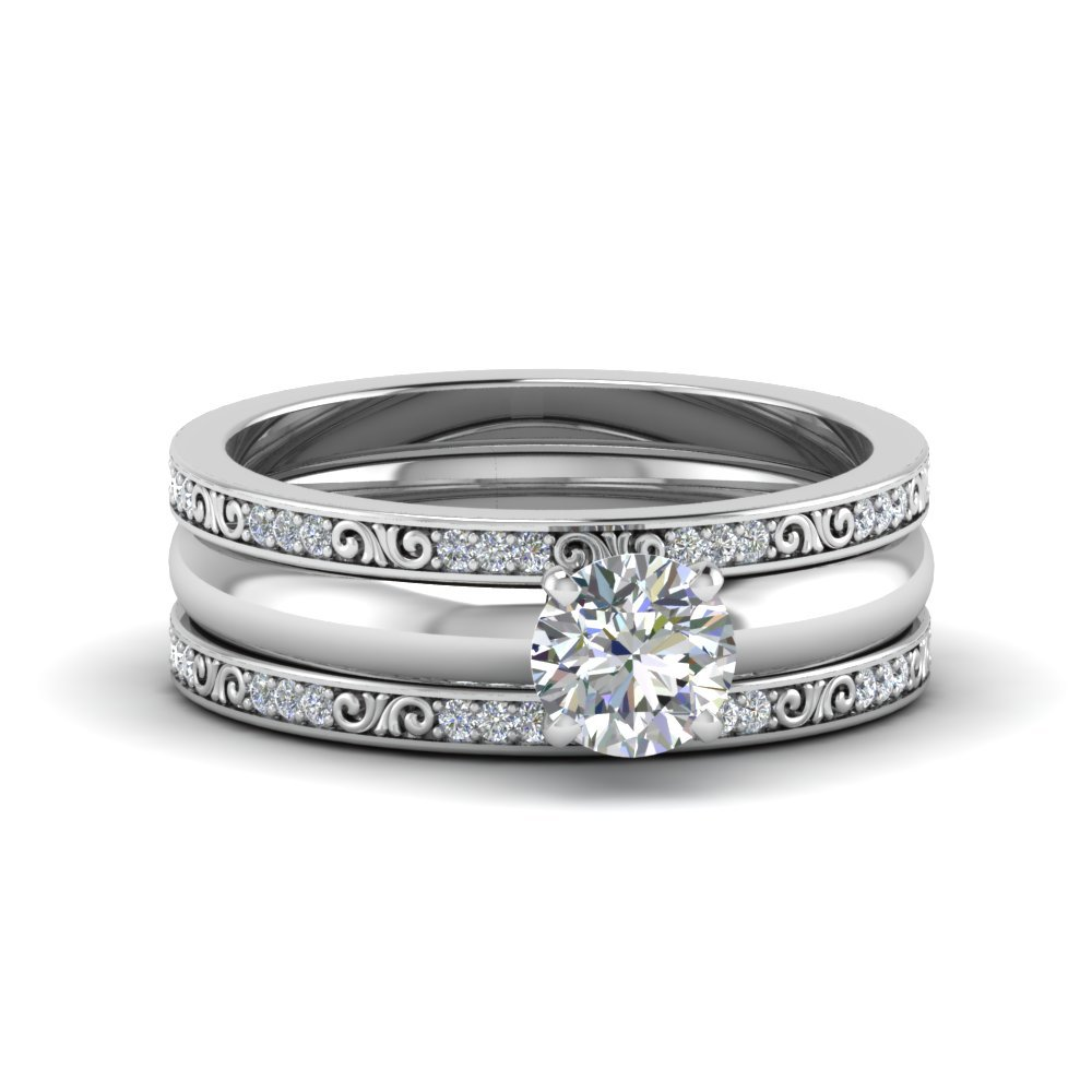 Round Cut Diamond Trio Wedding Ring