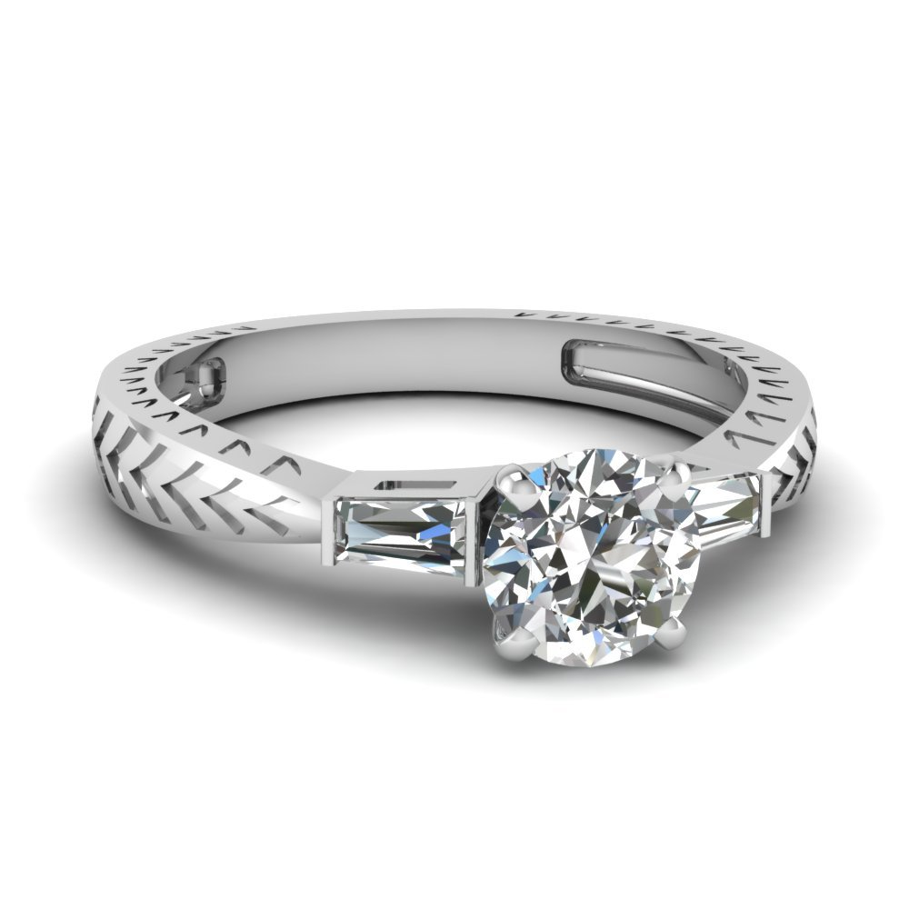 Tapered Vintage 3 Stone Round Engagement Ring In 14K White Gold