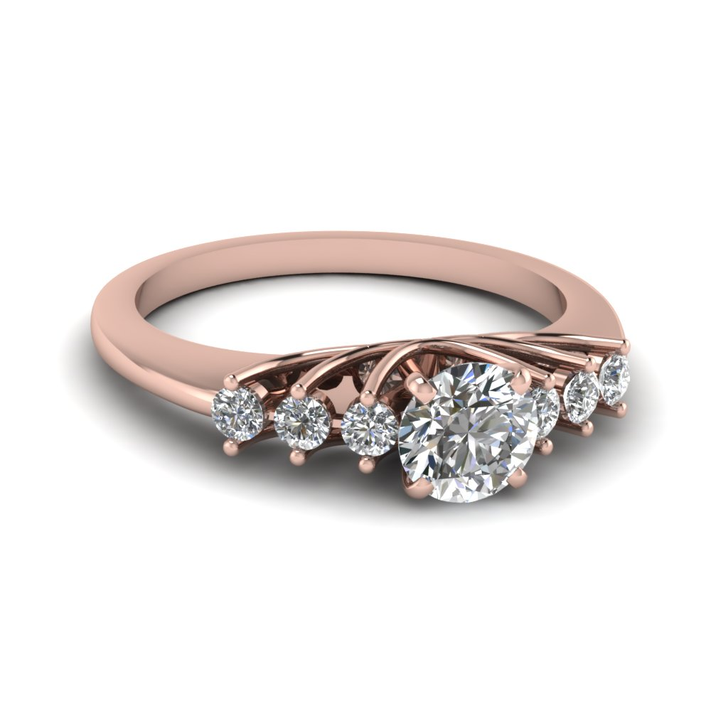 Round Cut Diamond Engagement Ring In 18K Rose Gold