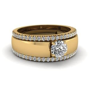 Solitaire Ring With 2 Diamond Band