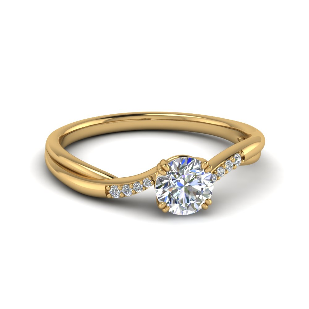Round Cut Thin Twisted Diamond Ring In 18K Yellow Gold
