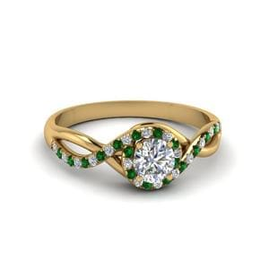 Round Cut Twisted Halo Diamond Engagement Ring With Emerald In 18K Yellow Gold