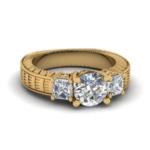 Round Cut Vintage Style Three Stone Diamond Engagement Ring In 14K Yellow Gold