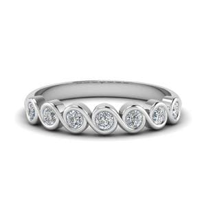Round Diamond Bezel Set Swirl Band In 14K White Gold