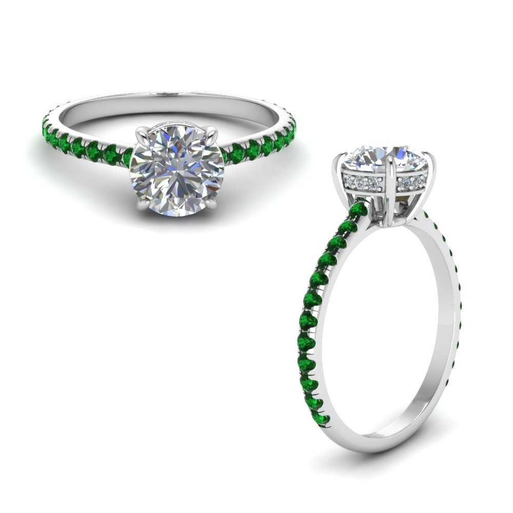 Round Diamond Petite Ring With Emerald In 18K White Gold