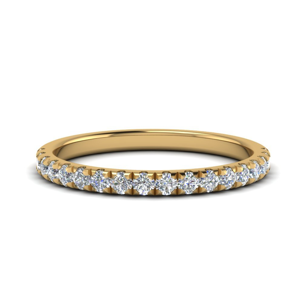 Round Diamond U Prong Wedding Band In 18K Yellow Gold