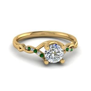 Twisted Pattern Emerald Ring