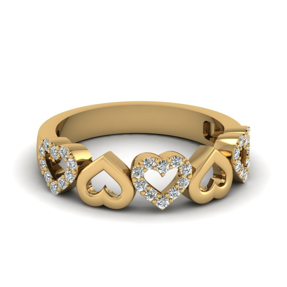 Heart Design Diamond Wedding Band In 14K Yellow Gold