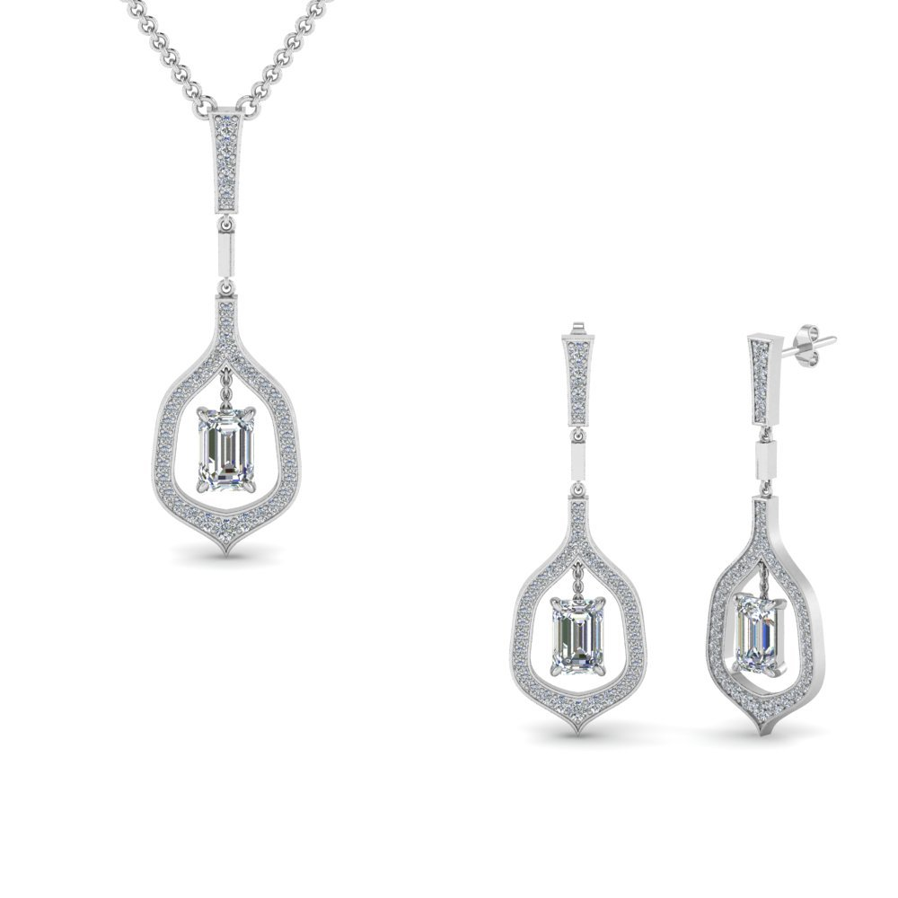 14K White Gold Matching Diamond Pendant And Earring