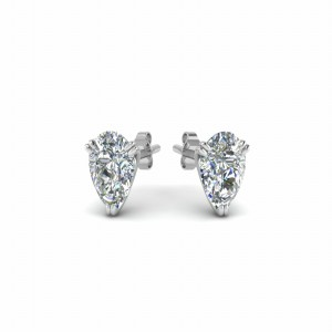 2 Ct. Pear Cut Stud Earring