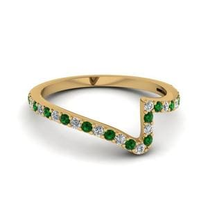 Twist Diamond Custom Wedding Anniversary Band With Emerald In 14K Yellow Gold