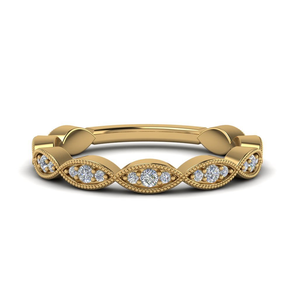 Twisted Milgrain Diamond Band In 18K Yellow Gold